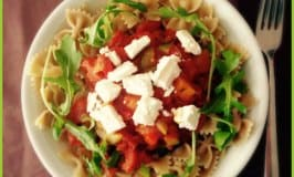Clean Eating Whole Grain Pasta with Sweet Pepper Ragout
