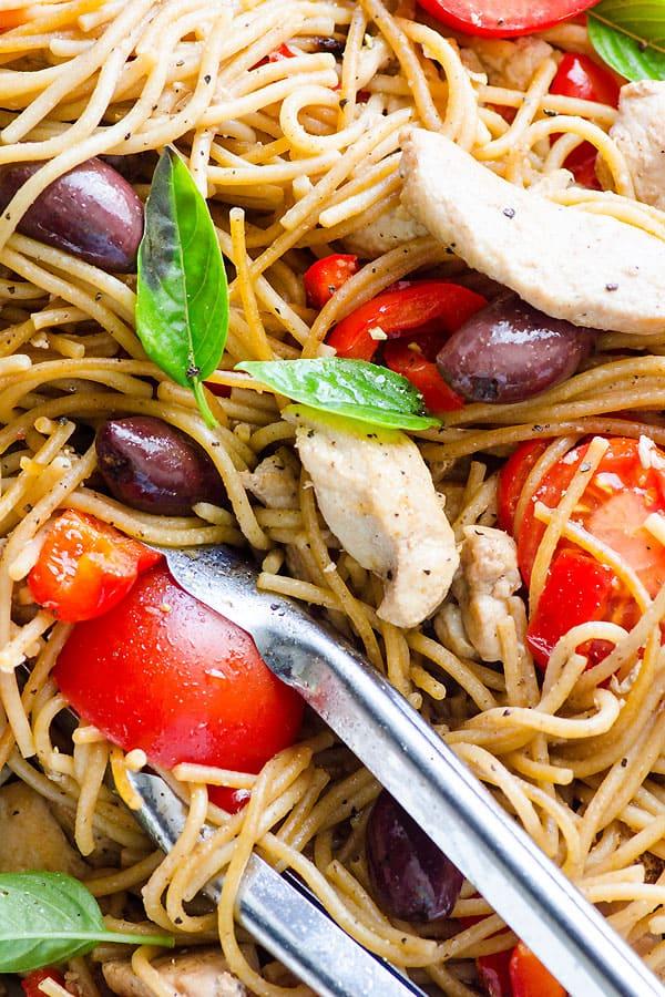 closeup chicken whole wheat spaghetti recipe