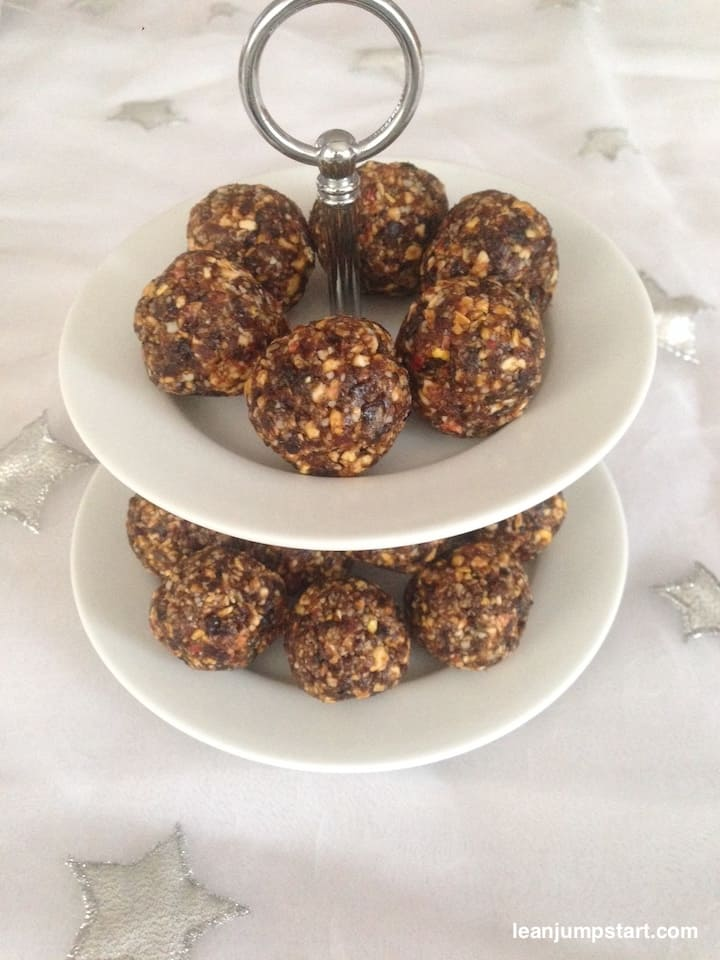 almond prunes energy balls