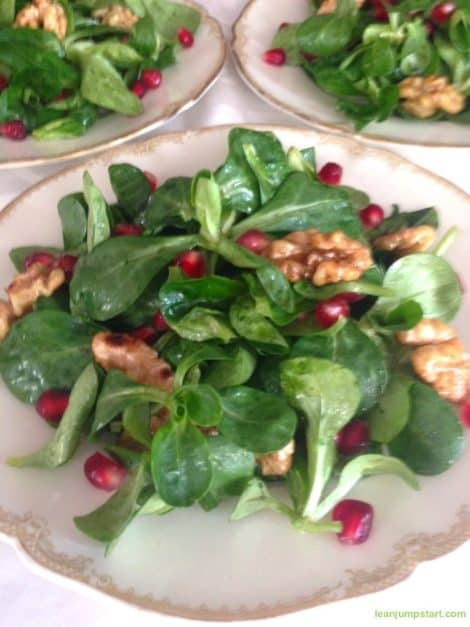 LAMBS LETTUCE WITH ROASTED WALNUTS AND POMEGRANATES