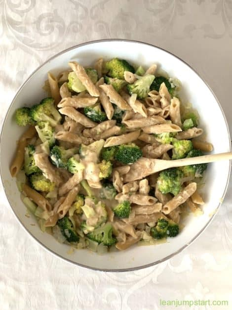 white bean pasta with broccoli