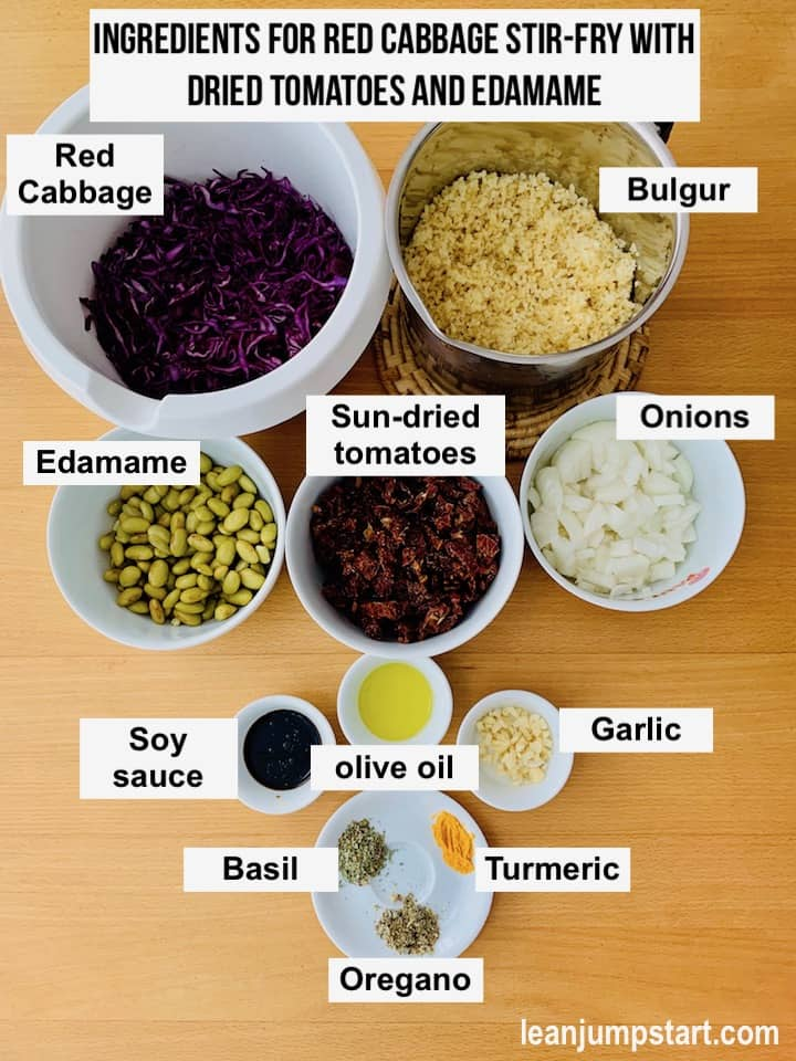 ingredients for the vegan red cabbage-stir fry