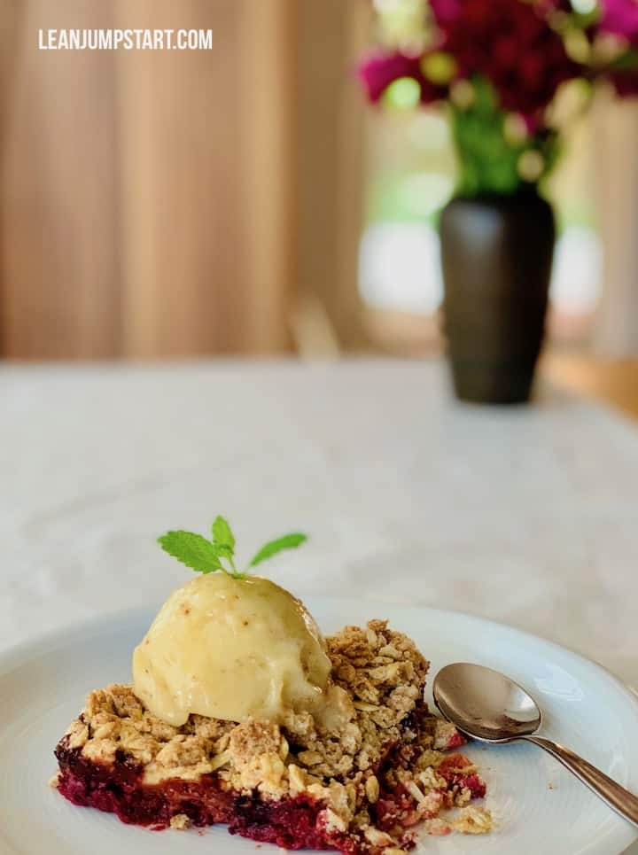 white currant berry crumble served with nicecream