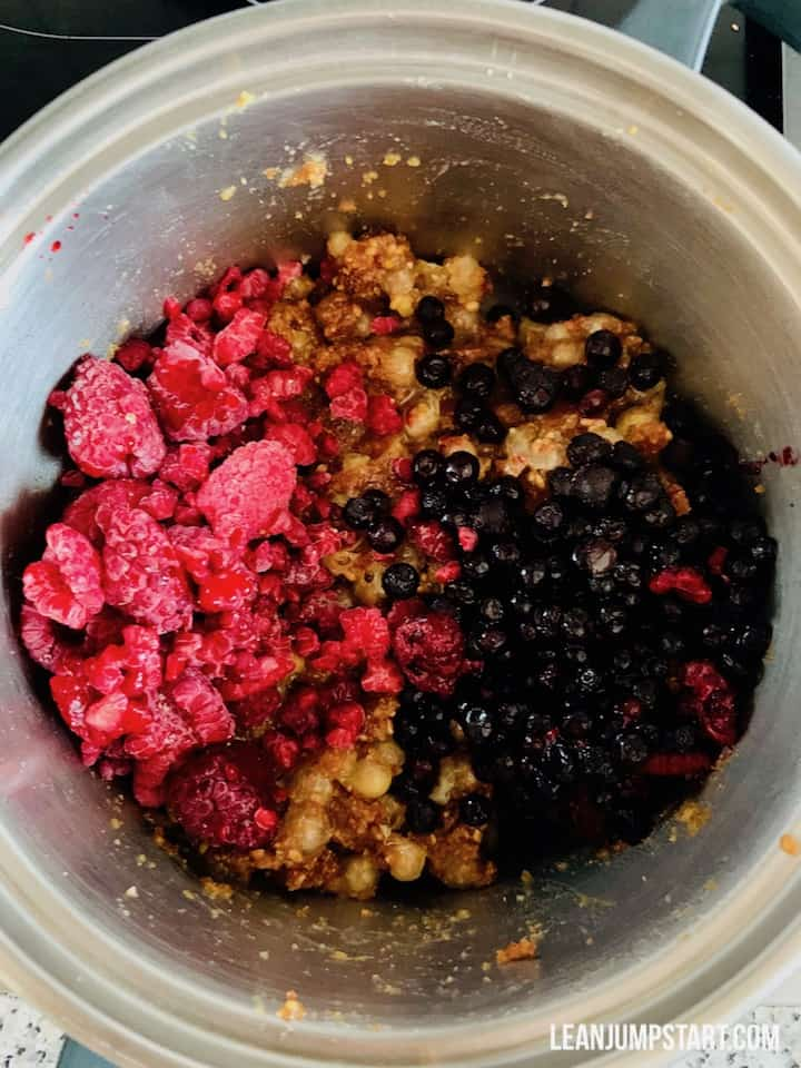 sweet white currant and berry mixture in pot